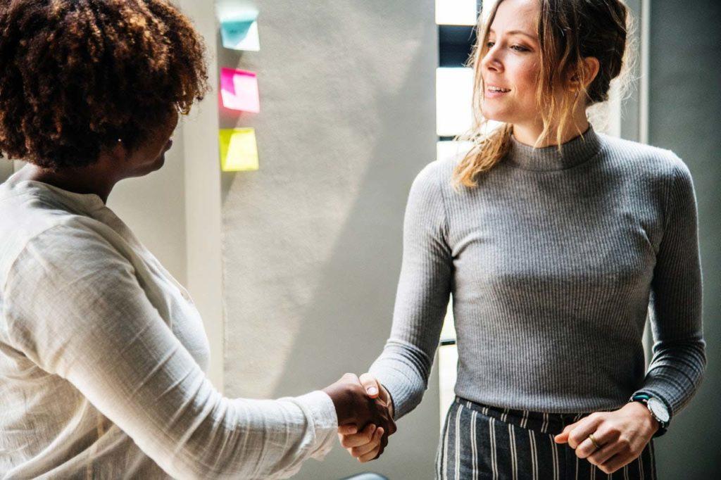 La redevabilité en tant qu'individus et équipes permet aux chefs de projet d'aider leurs employés à briller.
